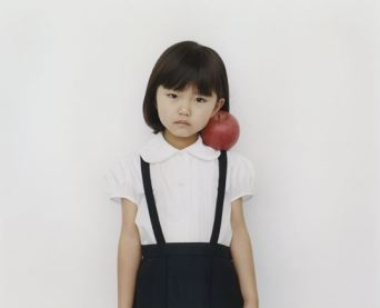 girlwithapple2