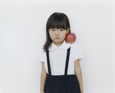 girlwithapple3