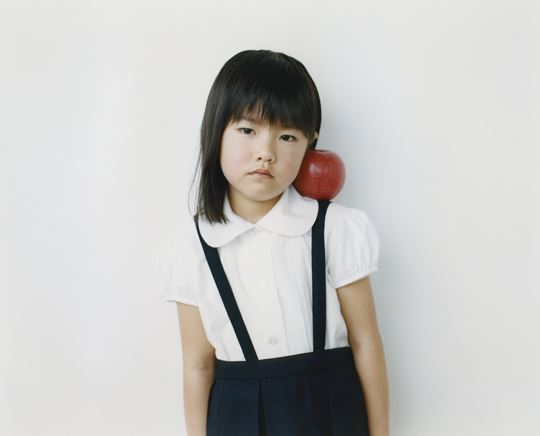 girlwithapple5